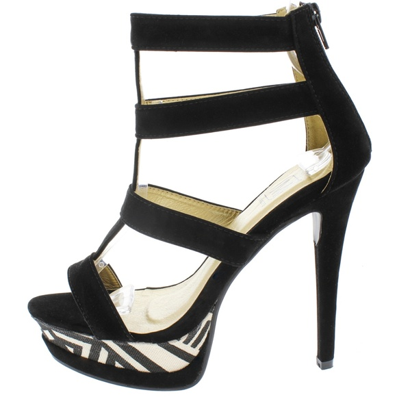 Maker's Shoes Shoes - Manhattan10 Black Caged Tribal Print Heels